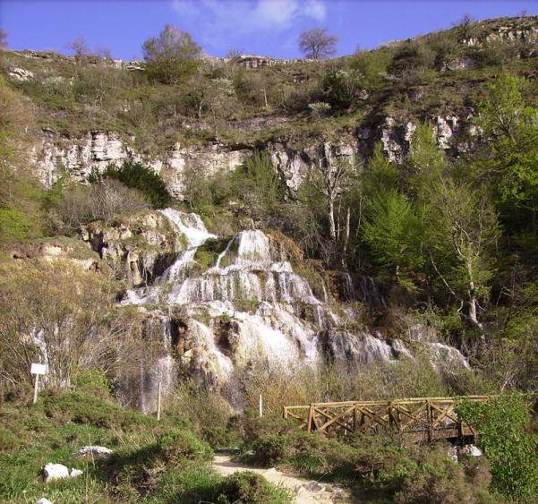 2-cascada-covalagua
