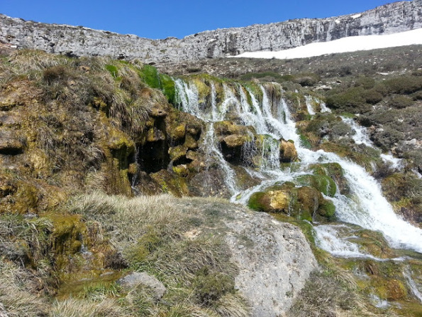 3-cascada-de-villaescobedo