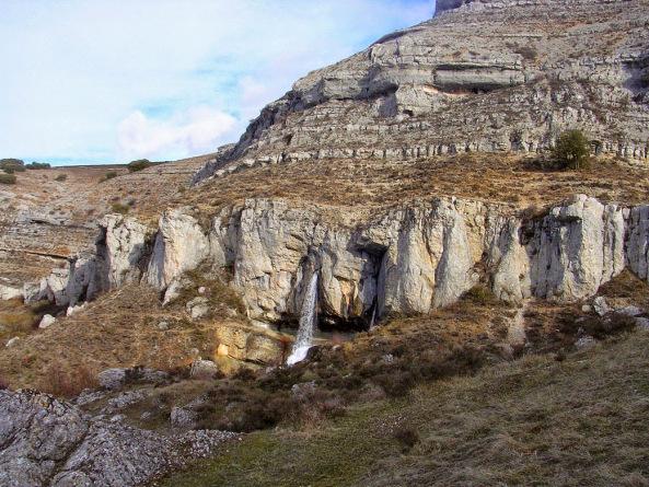 5-cascada-yeguamea-en-fuenteodra